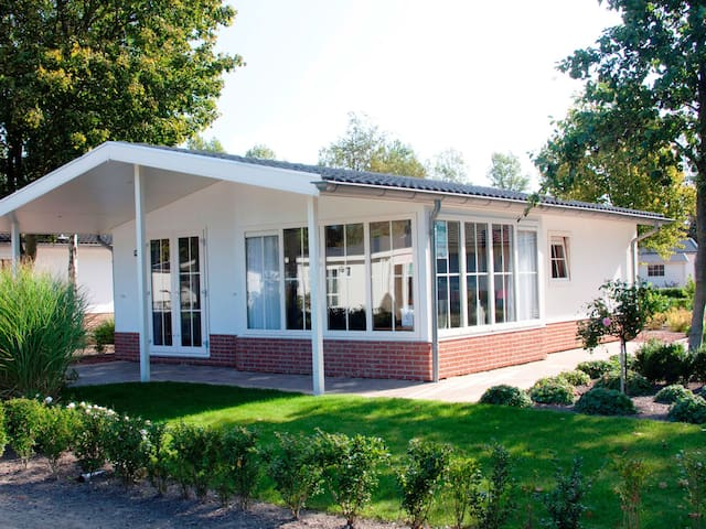 Holiday home Type E for 4 persons in Noord-Scharwoude