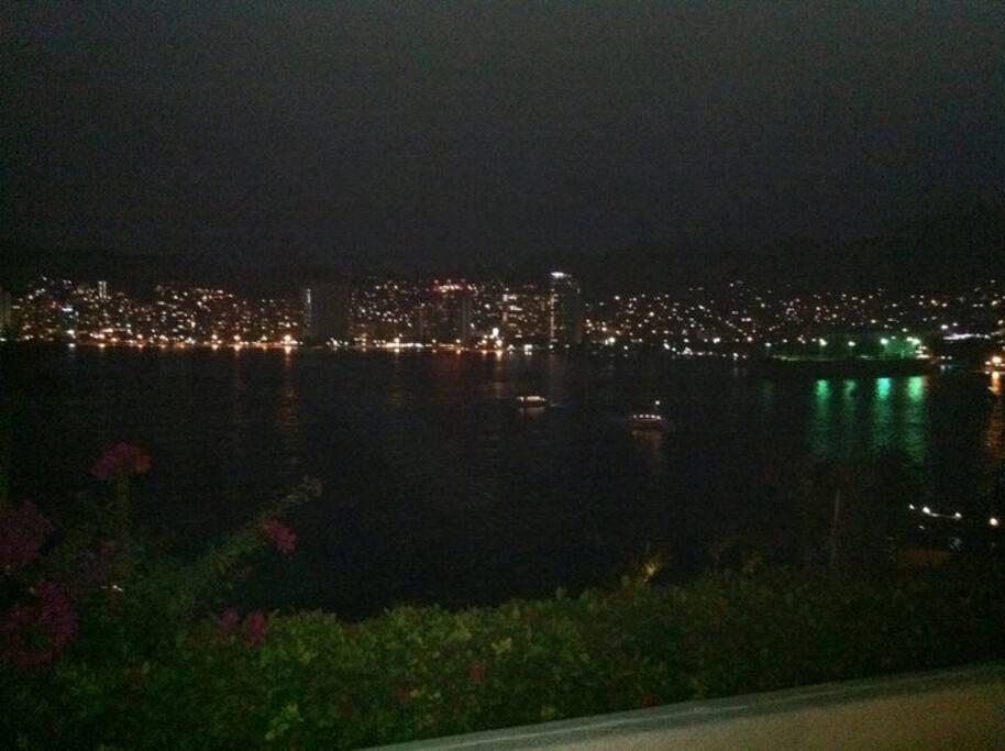 Hermosa Vista a la Bahía
