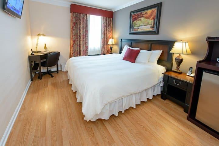 $1,750 Norwalk Inn, No Deposit, No Lease.