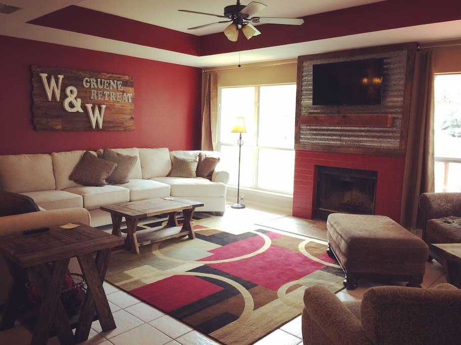 W&W Gruene Retreat Welcomes You!