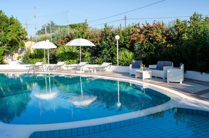 Villa with Pool for 8 guests in Puglia - Impalata - Casa de camp