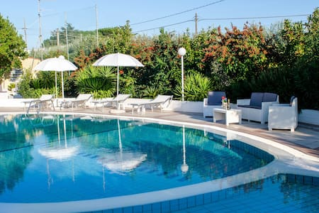 Villa with Pool for 8 guests in Puglia - Impalata