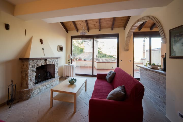 Clock Houses   Borgo Gallodoro  -  Superior House