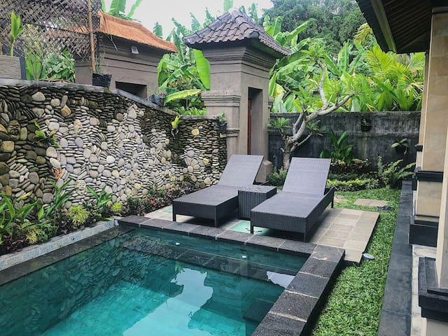 Delightful Private Villa w/Pool near Ubud Center