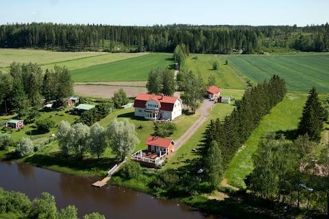 Country house near capital area