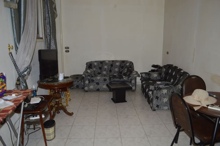 Very well located appartment in Cairo Downtown