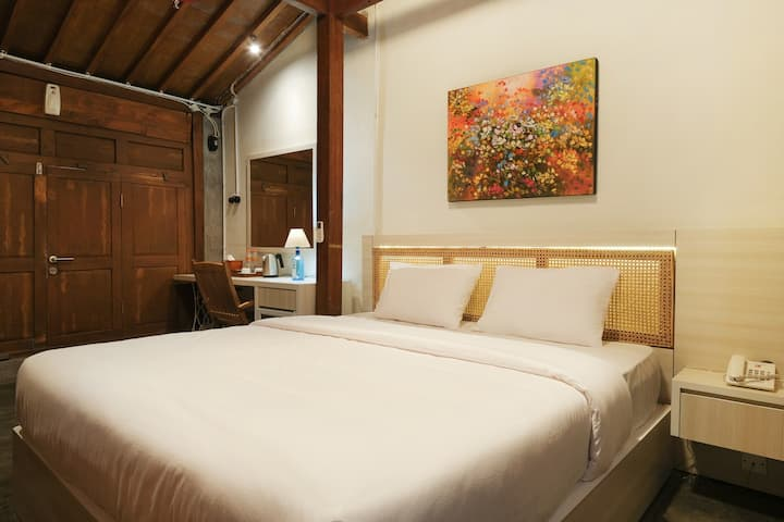 Kampung Lawasan Heritage Cottage double bed