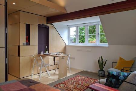 Browhill Loft - contemporary, handcrafted studio