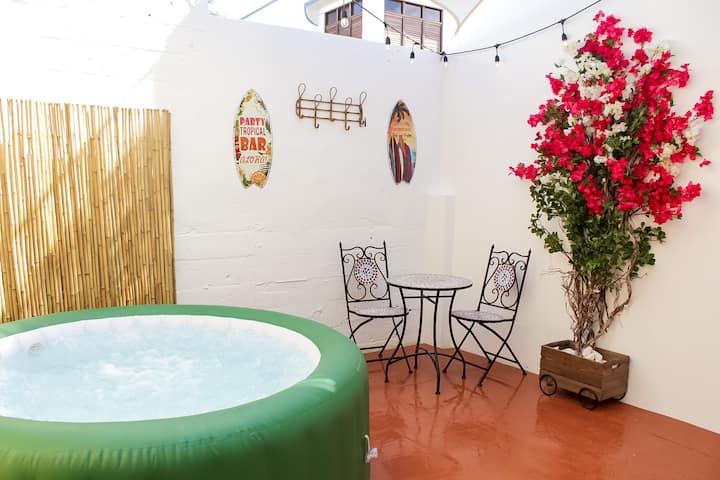 Casa Elena- Jacuzzi Studio