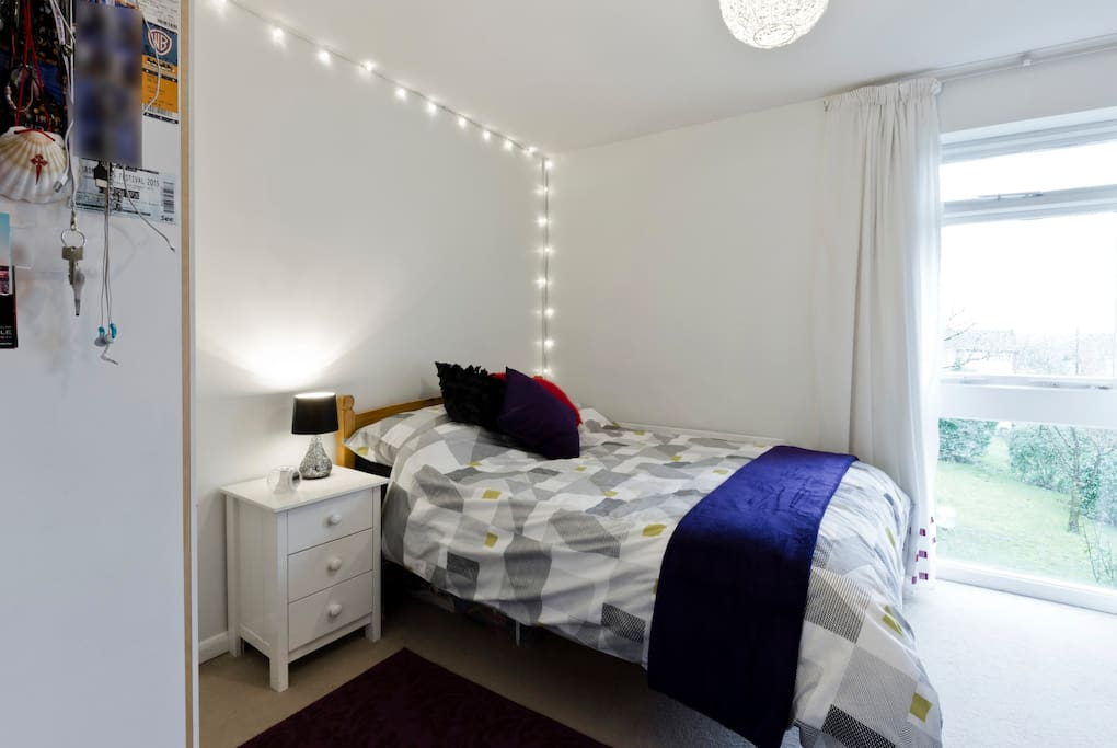 Rooms To Rent In Knaphill