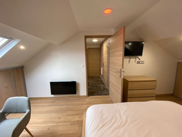 APPARTEMENT ROISSY SUITES