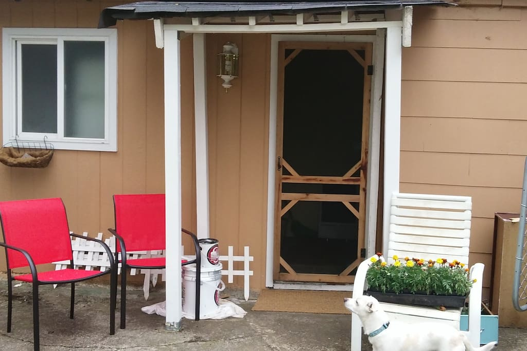 Entry way to our backyard apartment. Enjoy your own sitting area or join our family in other areas of the yard.