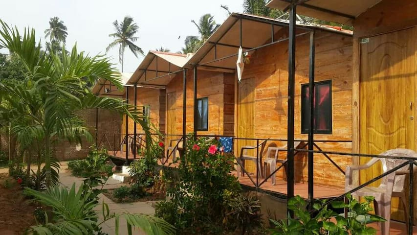 The Spring Beach Cottages,Calangute - Calangute,Bardez,North Goa - Hytte