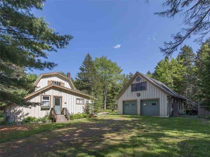 Quiet Cove Cottage Retreat