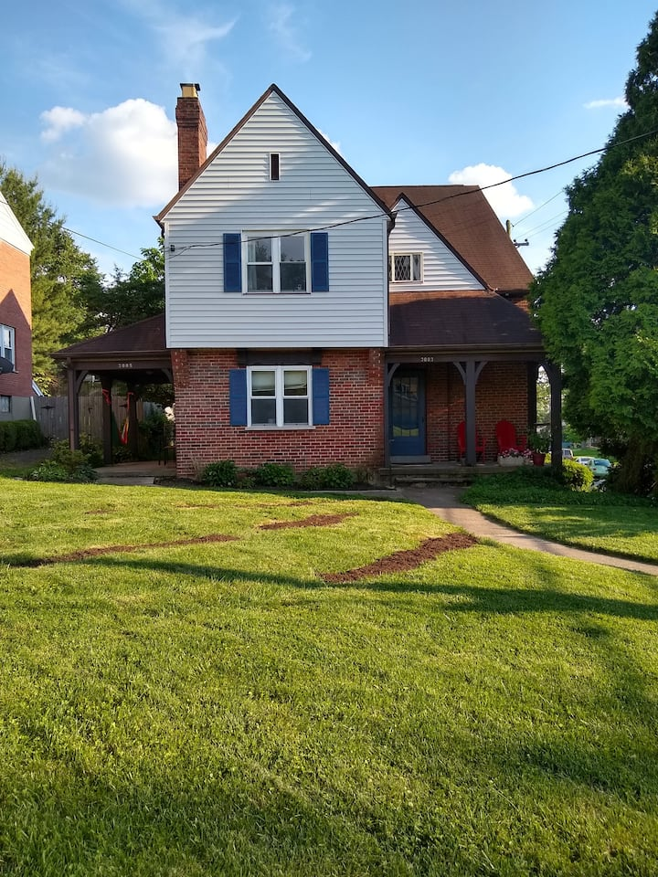 Magnificent Home In The Heart of Pleasant Ridge