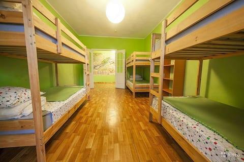Комната на четверых в деловом квартале Красноярска