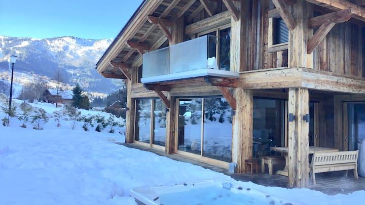 Lux chalet +hot tub +sauna view MontBlanc +central