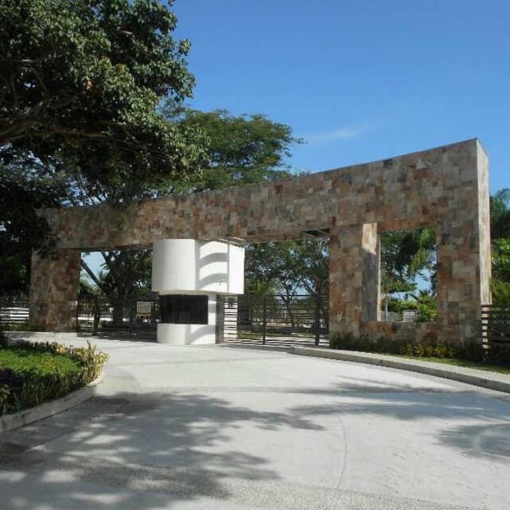 Departamento en zona Diamante Acapulco