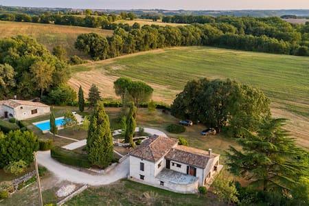 Chambre d'hôtes La Quercynoise - Suite Familiale