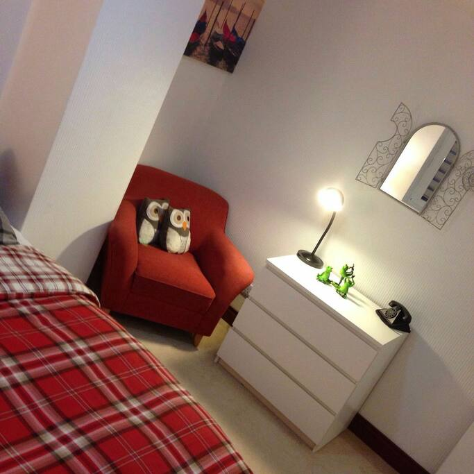 guest bedroom double bed