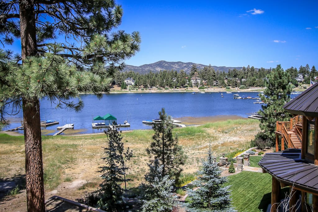Lakefront raccoon 39 s loft cabins for rent in big bear for Big bear cabins lakefront