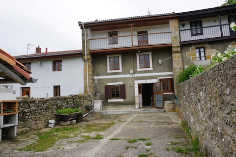 Casa De Campo en  ARNEDO  DE VALDEBEZANA