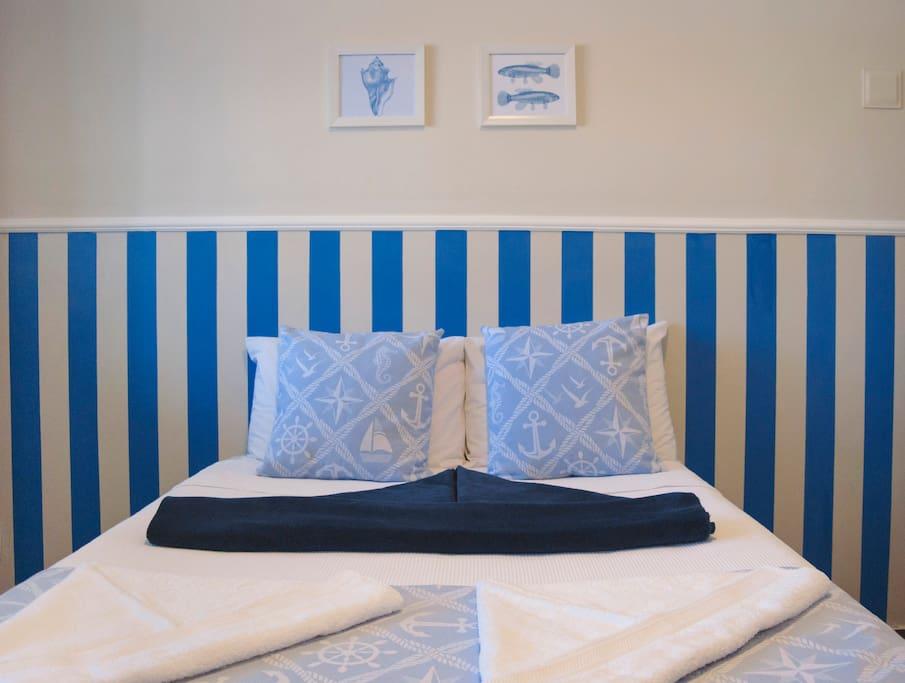 """Além do conforto, nossa decoração no estilo """"Navy"""" super charmosa."""