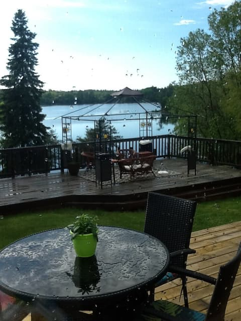 1B Cottage near Kenora avail monthly Oct - Apr