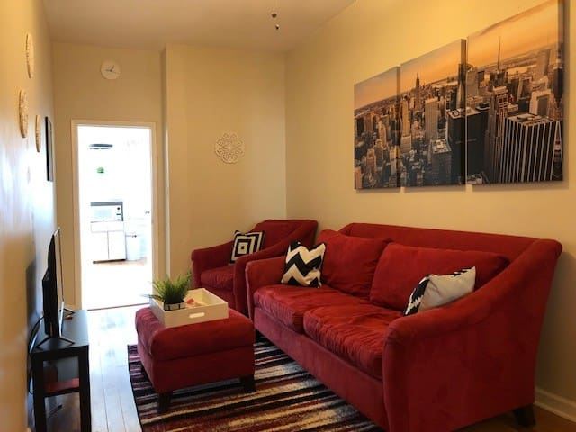 Charming Hoboken 1-Bedroom w/ easy NYC Access