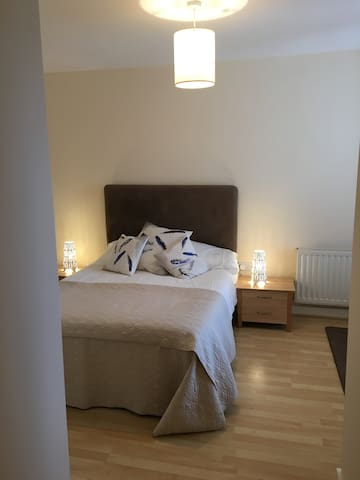 Large Modern Apartment in Dublin - Dublin - Byt