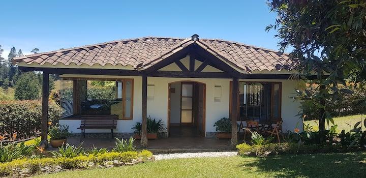 Hermosa Cabaña en Rionegro