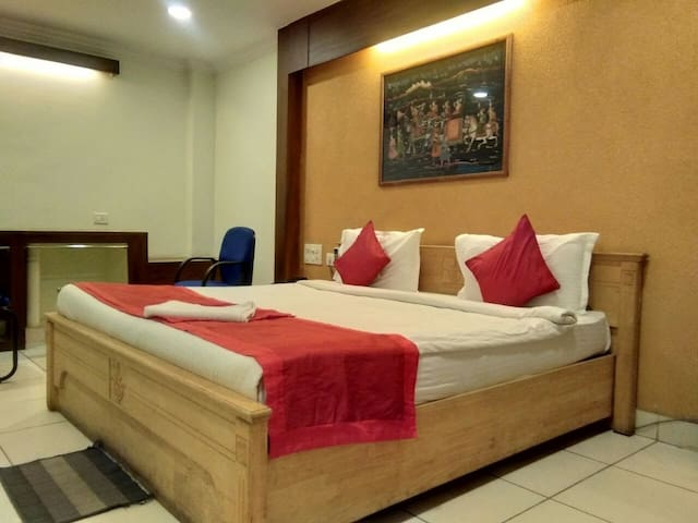 Pleasant clean and cosy room near Novotel Hitec