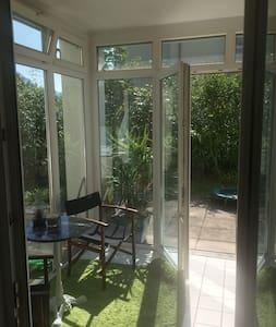 Wohnung mit Garten nahe Zentrum und See - Gmunden