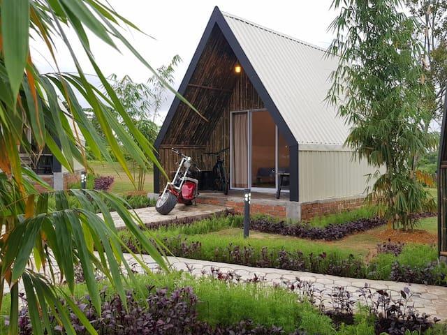 Cabin Deluxe - D'bambookamp by Desa Wisata Ekang