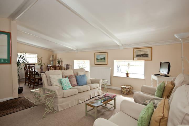 Charming flat in historic Arundel
