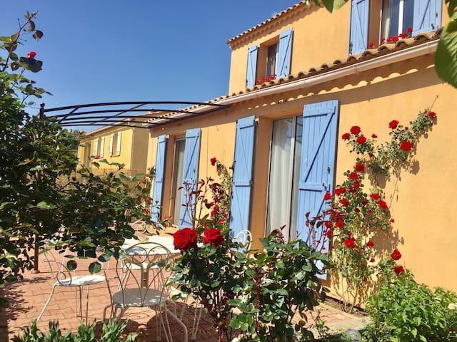 Une maison dans le cœur de Provence