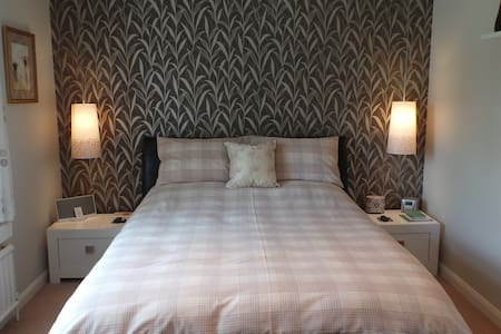 Double B+B, Nr Chichester+Goodwood. - Chichester - Bed & Breakfast