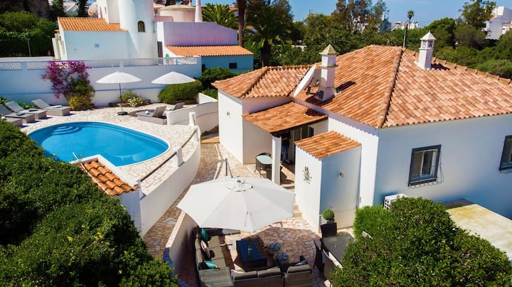 Casa Pachorrenta - 3 Bed Villa With Pool & Walking Distance To Beach & Amenities