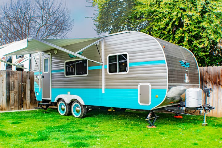 Glamping Visalia near Sequoia National forest!