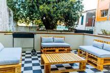 Amplia terraza con parrilla big terrace with BBQ