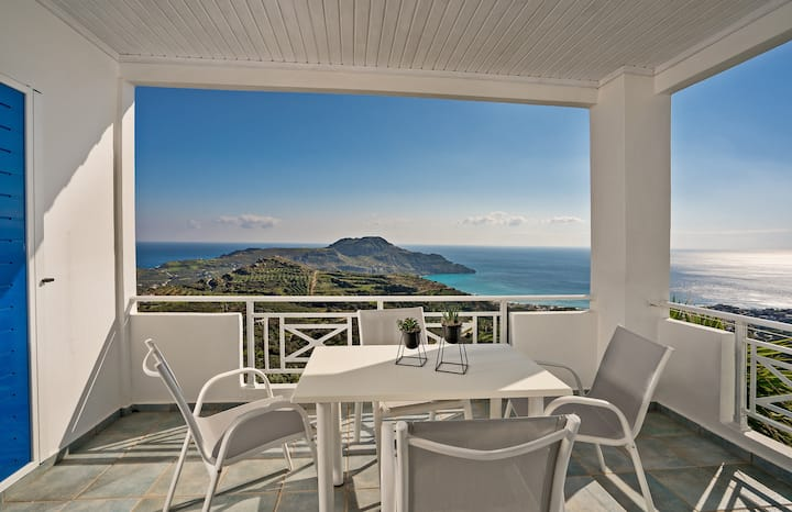 TOP floor 80sqm apartment PANORAMIC view 5' to sea