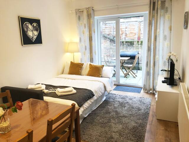 Large Double Room in Holloway/Arsenal