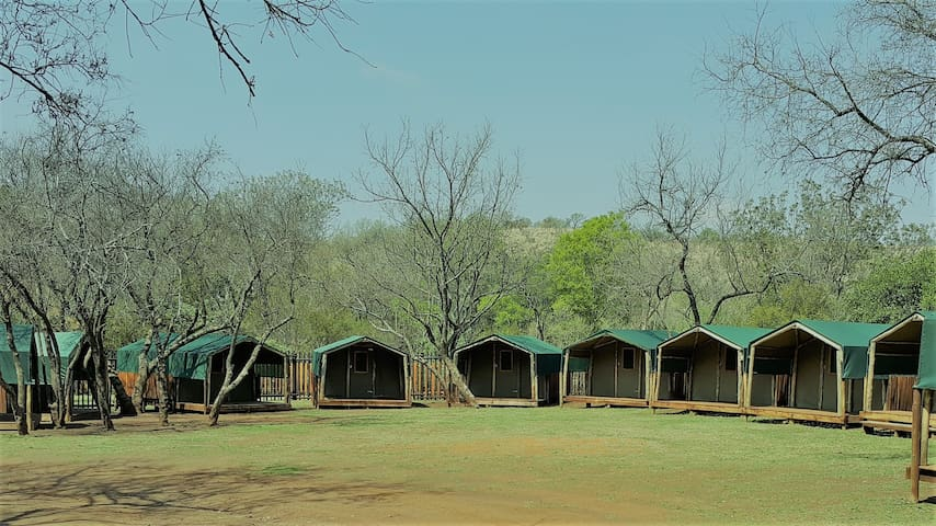 Leeuwenkloof rustic bush lodge