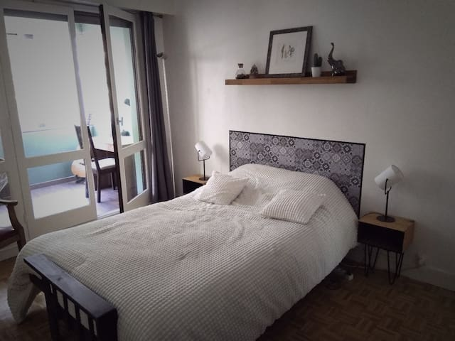 Cosy room, quiet area, 15min from Paris&Versailles
