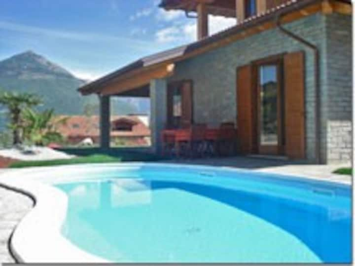 Fantasia with Pool and wellness area