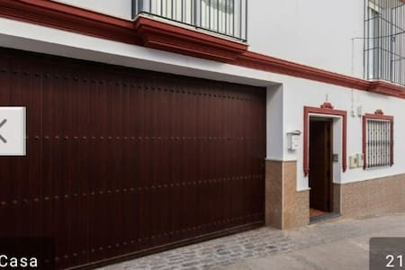 APARTMENT IN OLVERA WITH GARAGE