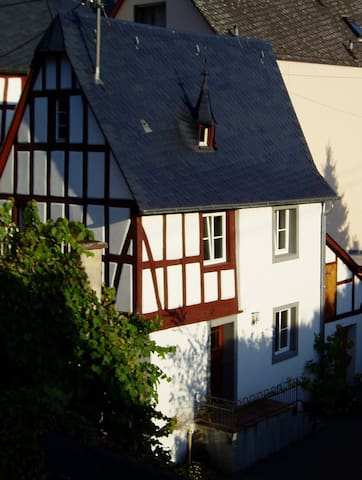 Fachwerkhaus in der Abteistraße - Mesenich - Talo