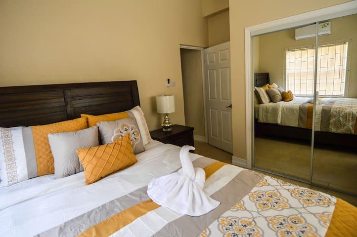 Paradise Breeze Hotel
