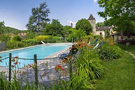 maison spacieuse et confortable  piscine privée - Daglan