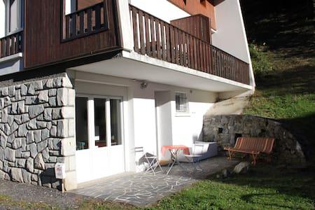 Saint Lary Centre Village, appart 4-6 pers WIFI - Saint-Lary-Soulan